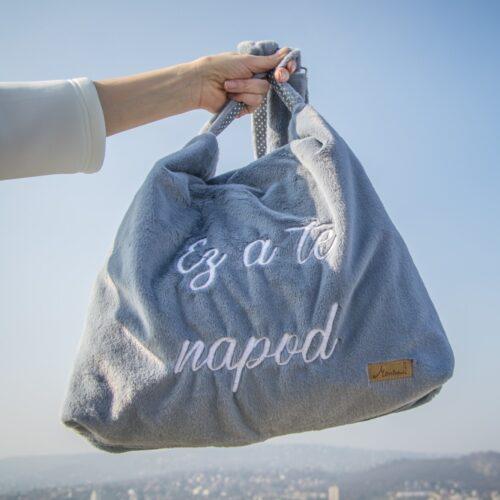 Ez a te napod táska